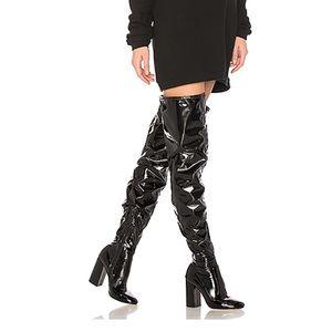 NIB Raye Jackie Black Patent Stretch Boots